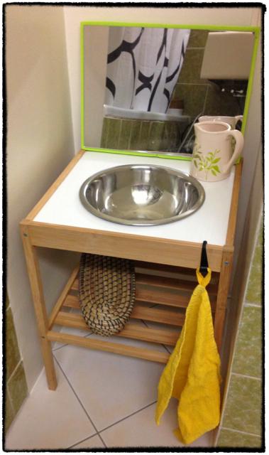 du soleil dans le coeur mini salle de bains mini badezimmer. Black Bedroom Furniture Sets. Home Design Ideas