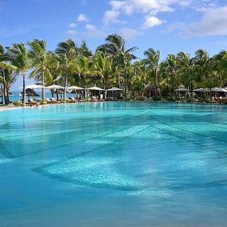 Paradis Beachcomber Pool