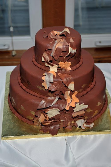 chocolate wedding cake with autumn leaves