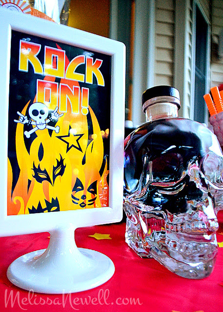 rock on, party for rocker, rock star, glass skull, KISS my 30's goodbye