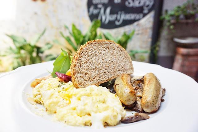 Kaya Kaya Cafe - Kaya Breakfast
