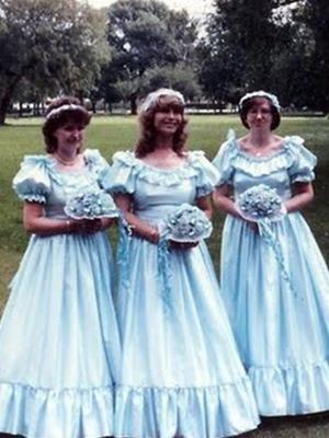 00493c47ae44e The ugliest bridesmaid dresses of all time