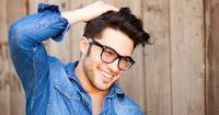7 Jenis Senyuman Pria dan Maknanya