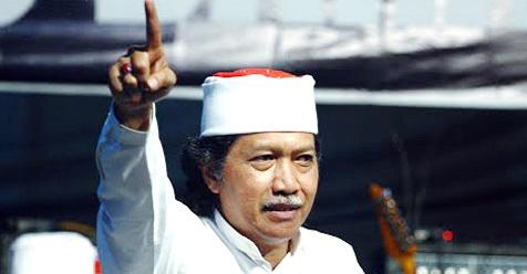 Tamparan  Keras Soal Al-Maidah 51, Cak Nun : Yang Bilang Gubernur Itu Pemimpin Siapa...