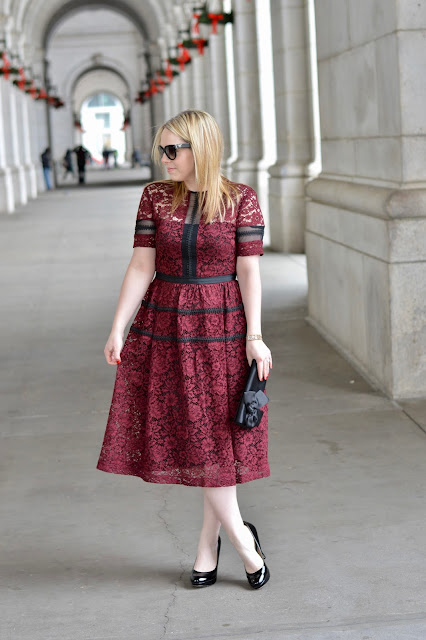 midi-burgundy-lace-dress-outfit