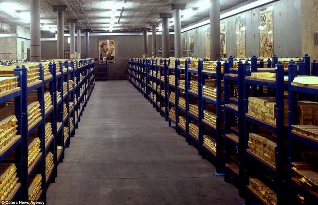 https://3.bp.blogspot.com/-D8Yd7xtCYBA/UBzLFpzIpeI/AAAAAAAAFRw/2uJCyLEKkls/s1600/gudang+emas2.jpg