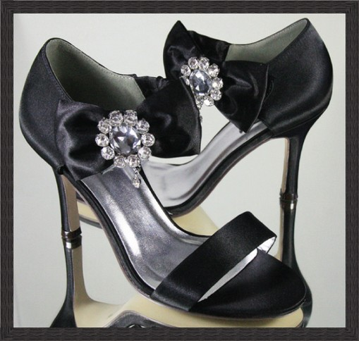 Bridal Shoes Expensive: Various Kinds Of Wedding Dresses With New Models: Black