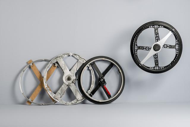The Morph Folding Wheel designed by Vitamins Design :: via Twowheelsplus