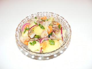 retete salata de cartofi cu peste afumat, reteta salata de peste, retete de mancare, preparate din peste, mancaruri cu peste, retete de peste,