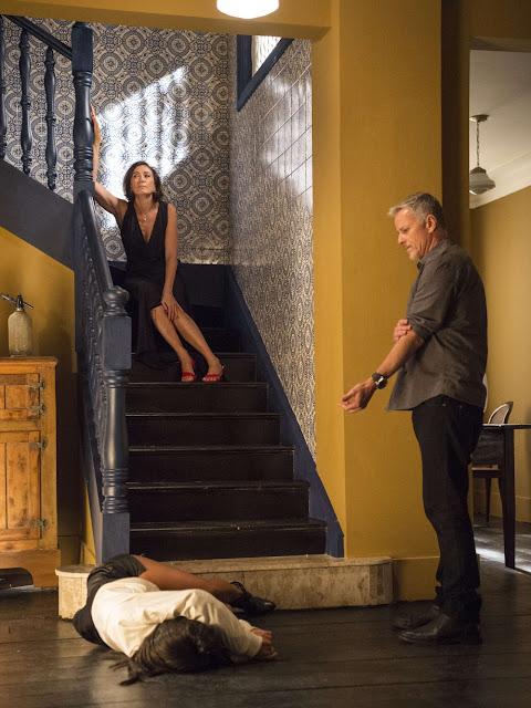 Em 'O Sétimo Guardião', Valentina mata Laura e manda Sampaio sumir com o corpo — Foto: Estevam Avellar/Globo