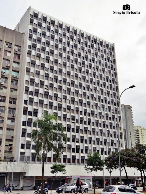 Vista ampla do Edifício Barão de Rothschild - Jardim Paulistano - São Paulo