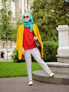 Tips Cantik Kombinasi Warna Baju7