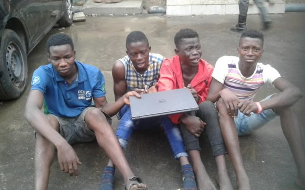 pick pockets arrested under oshodi lagos bridge