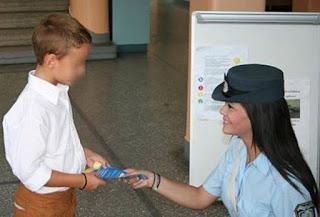 Οι γονείς πρέπει να φροντίζουν κάθε παιδί να γνωρίζει: Ειδικές συμβουλές για ανήλικους