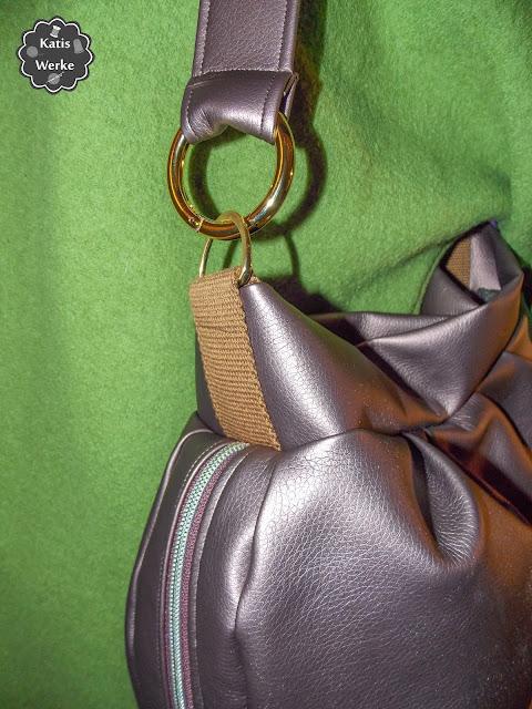 Nahaufnahme der Falten Hobo Bag