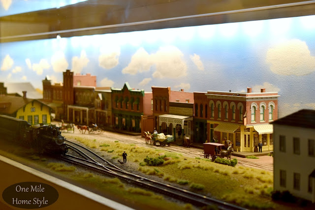 Flint Hills Discovery Center Railroad Exhibit - One Mile Home Style
