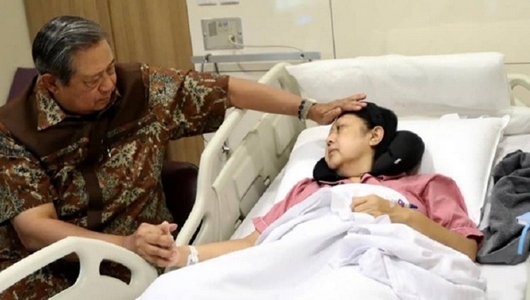 Ulama Muda Pendukung Jokowi Doakan Ani Yudhoyono Sembuh