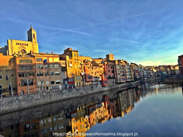 Girona, Espanha,rio Onyar