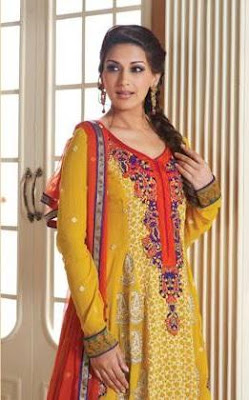 Sonali Bendre's Photoshoot for Indian Designer wear