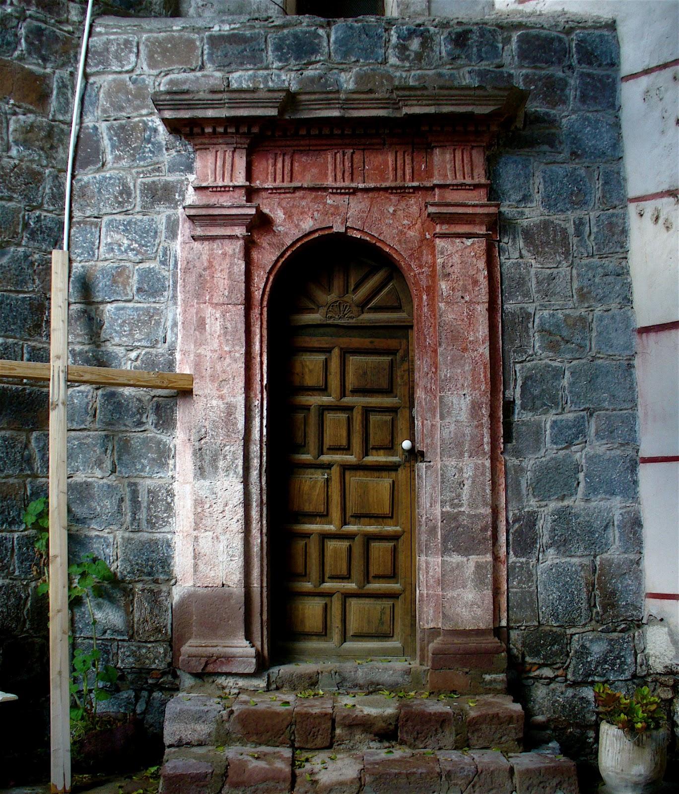 Doors And Windows At The Mission Of San Ignacio De Loyola In Baja California Sur & Alt. Build Blog: Doors And Windows At The Mission Of San Ignacio De ...