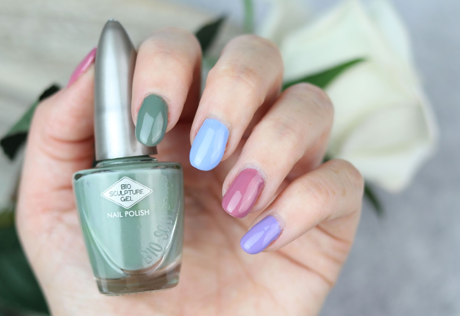 2018, aqua clouds, bio sculpture, effektlack, erfahrung, farbtrends, flieder, frühling, himmelblau, kollektion, marsala, nägel lackieren, nagellack, nailpolish, review, sommer, spring, summer, the dreamers, waldgrün,