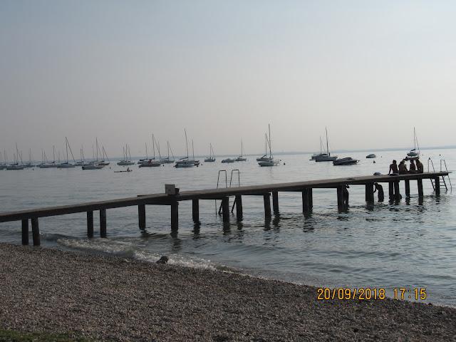so sah der Seeabschnitt direkt vor dem Campingplatz Continental aus - einfach herrlich!