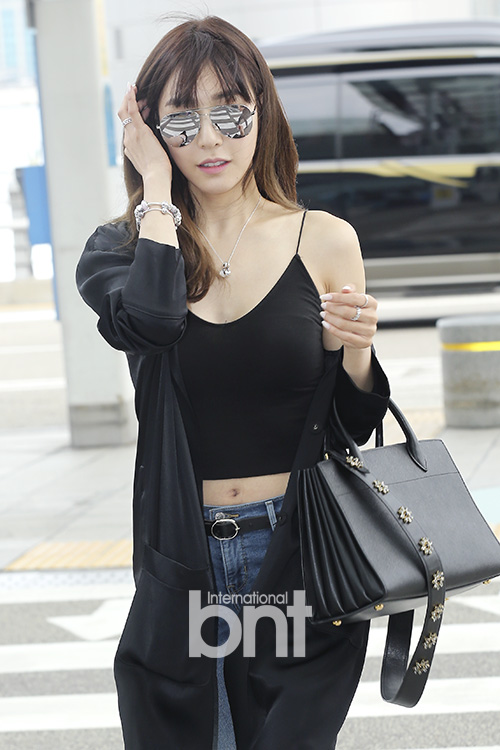 SNSD's Tiffany is off to Singapore! - Wonderful Generation