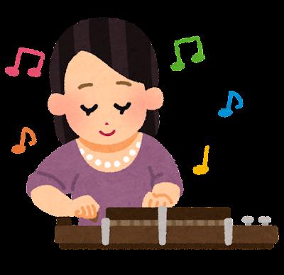 大正琴を弾く女性のイラスト