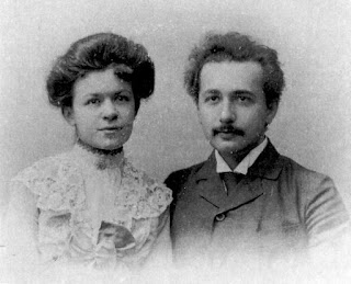 einstein ve eşi