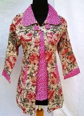 contoh baju batik kerja wanita terkini