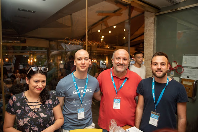 Pre-registration party: Εύα, Δημήτρης, Στάθης, Θάνος