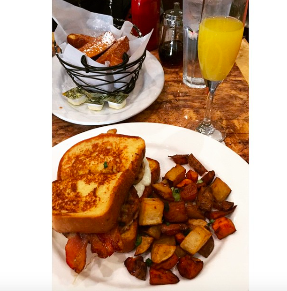 french toast sandwich-toast-brunch-long island brunch