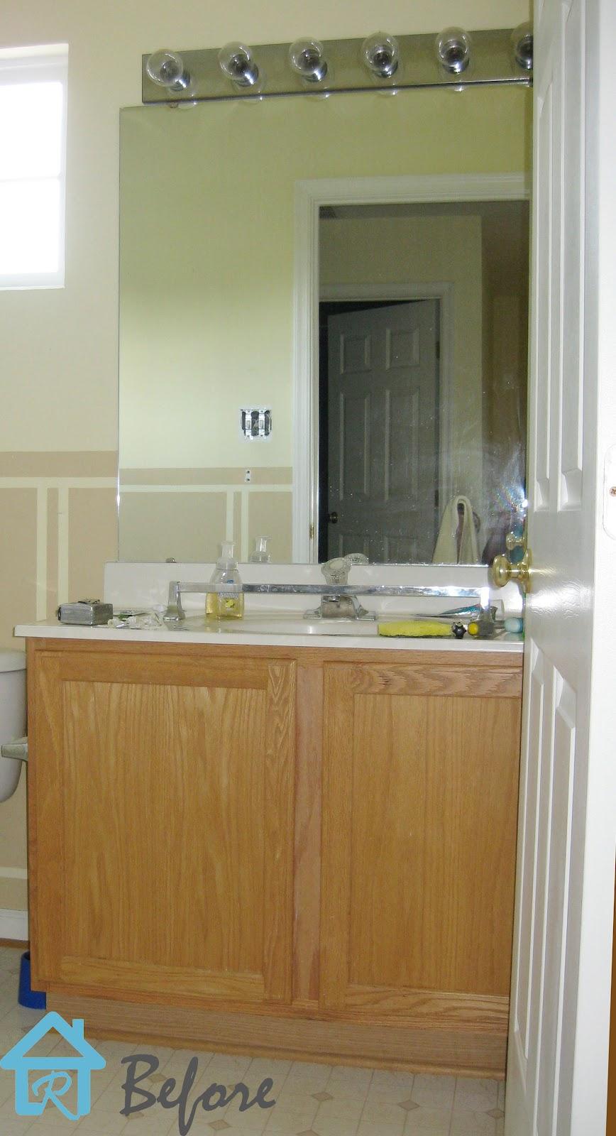 Builder S Grade Vanity Revamp Remodelando La Casa