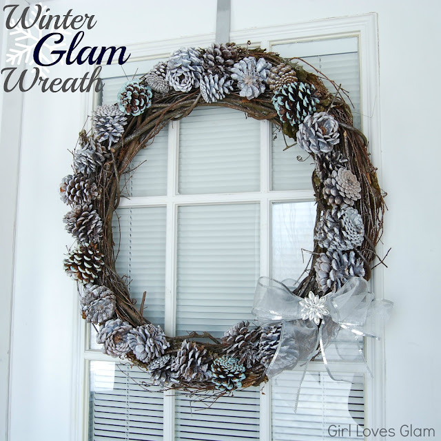 how to make a pinecone wreath