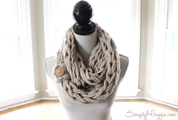 DIY chunky infiniti scarves