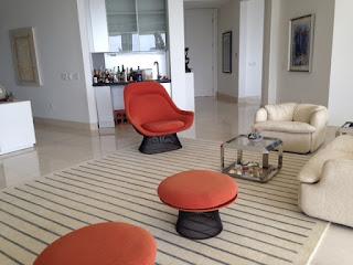 Custom Hand-tufted rug in 100% wool