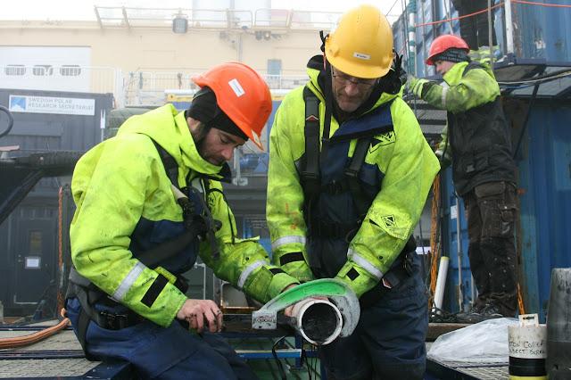 Foto della campagna Swerus-C3 e dei carotaggi a bordo della rompighiaccio svedese Oden