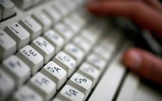 Πόση ώρα την ημέρα περνούν οι Έλληνες στο διαδίκτυο
