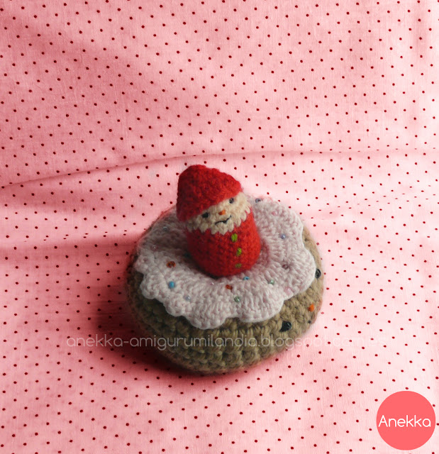 gnomes and donuts anekka handmade