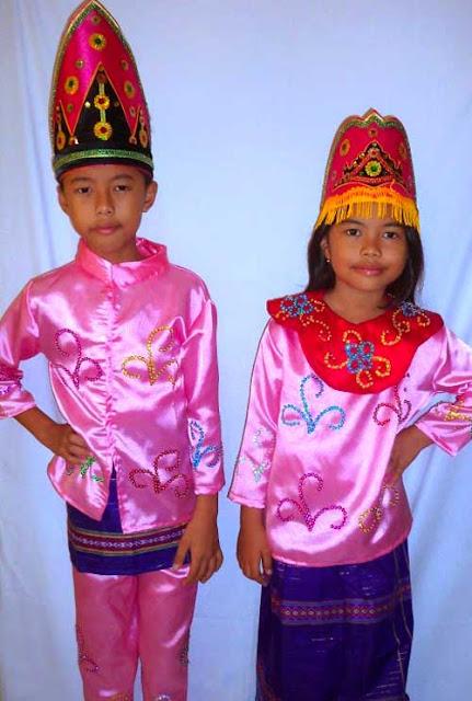 Gambar Pakaian adat Riau untuk anak-anak