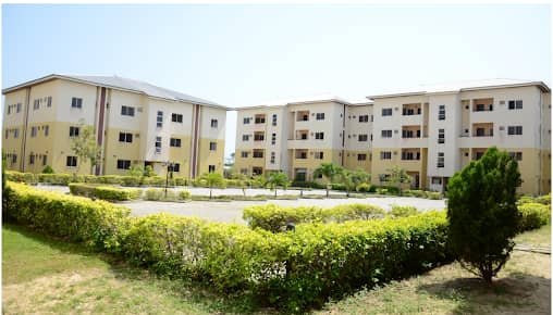CHOIS GARDENS ABIJO GRA, LEKKI, LAGOS (BEAUTIFUL APARTMENTS FOR SALE)