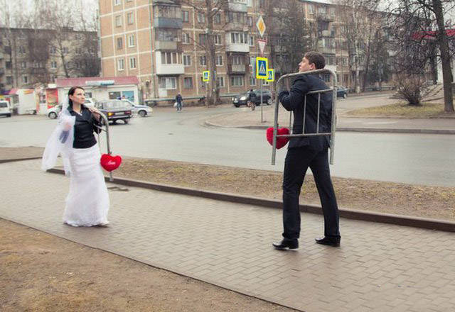 This Collection Of Wedding Photos Worth Being Destroyed (25 pics).