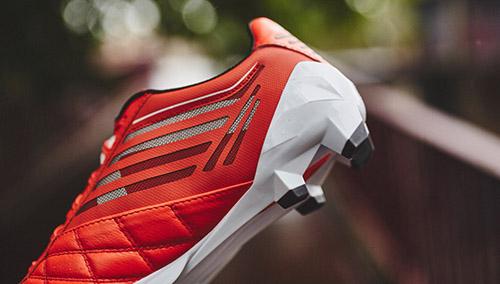 Football-Boots-Umbro-Medusae-Pro-Grenadine-Collection-3