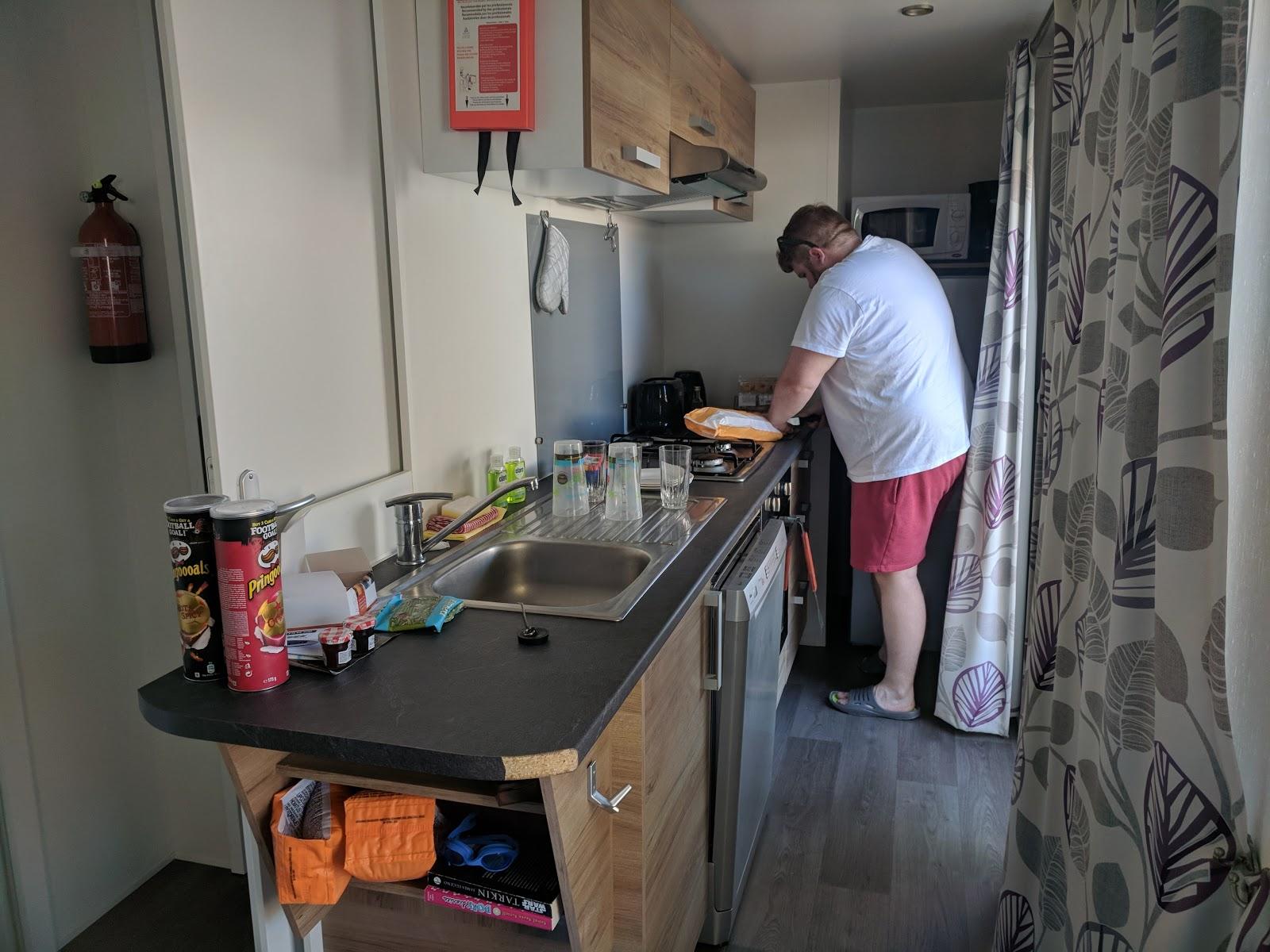 Les Ecureuils Campsite, Vendee - A Eurocamp Site near Puy du Fou (Full Review) - avant lodge kitchen
