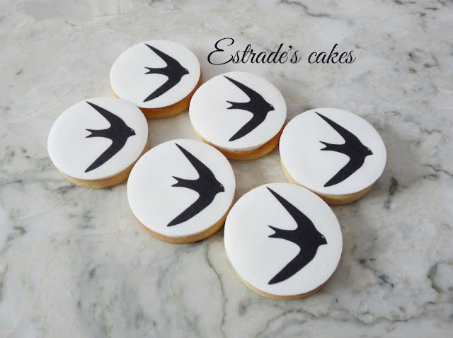 galletas de un vencejo decoradas con papel comestible 5