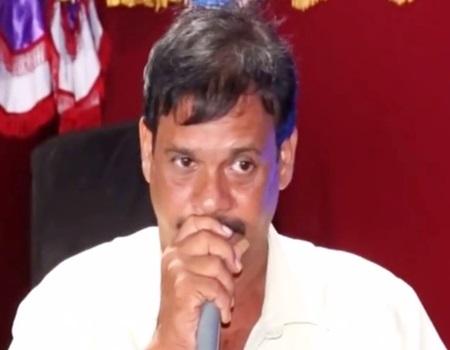 Aattuvithaal Yaaroruvar Aadathaare Kanna – SG Santan