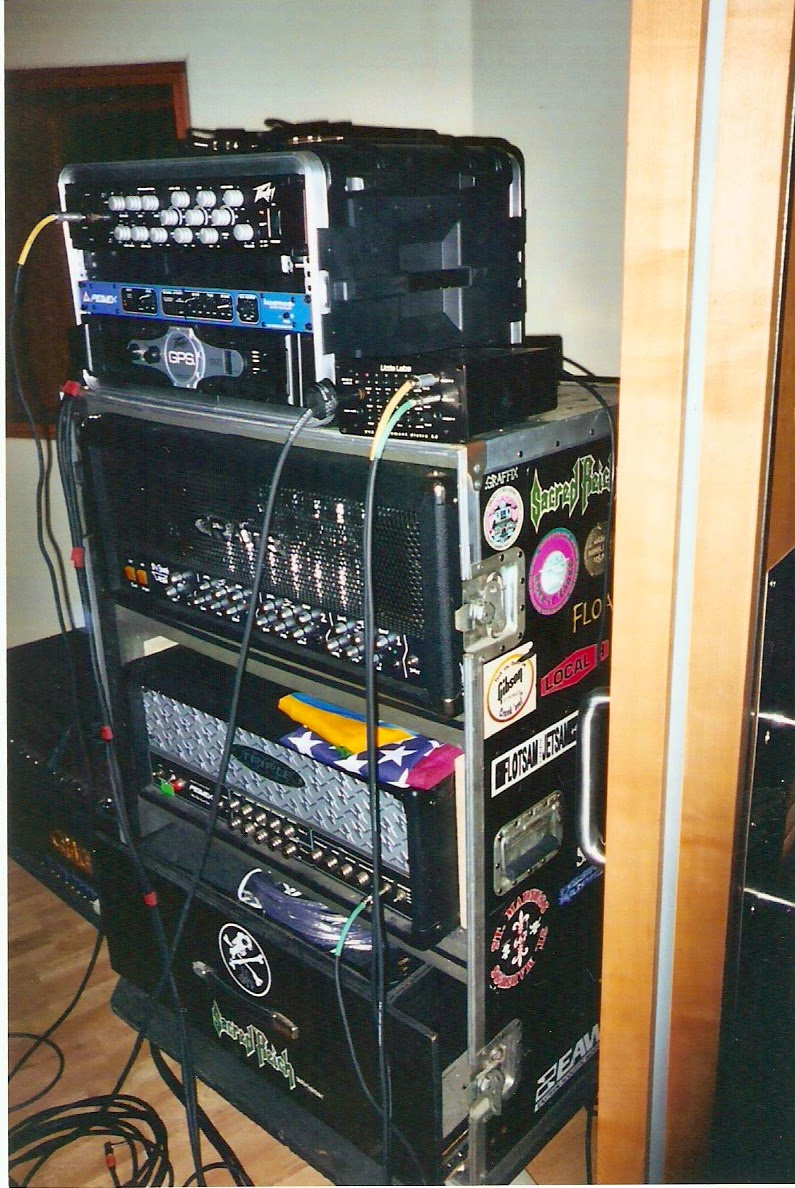 hight resolution of guitar rack