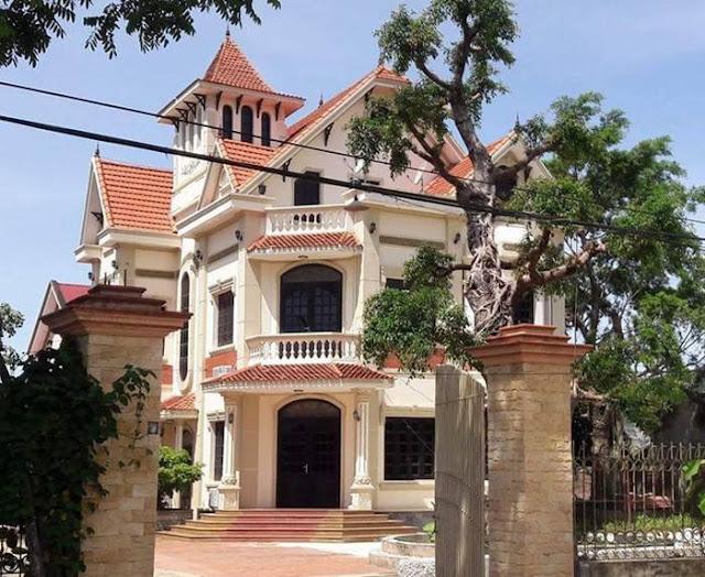 Ngôi biệt thự của gia đình ông Nguyễn Xuân Thái được đánh giá to đẹp nhất xã