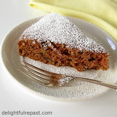 Vegan Applesauce Spice Cake - Depression Cake / www.delightfulrepast.com