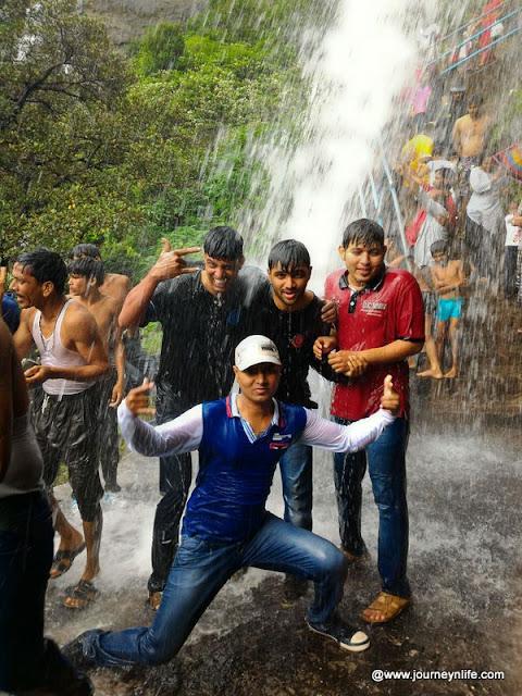 Scenic monsoon bike ride to Malshej Ghat from Pune